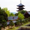 京にそびえる五重塔の物語