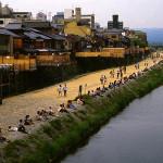 納涼床 ~京都の夏の風物詩
